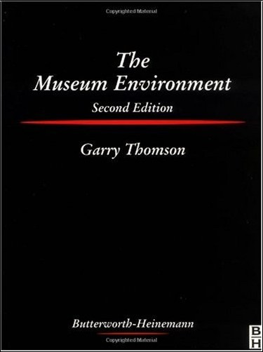 Garry Thomson - The Museum Environment