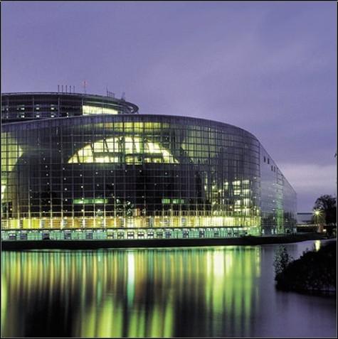 Carola Von Betrunk - Architecture Studio: Le Parlement Europeen, Strasbourg