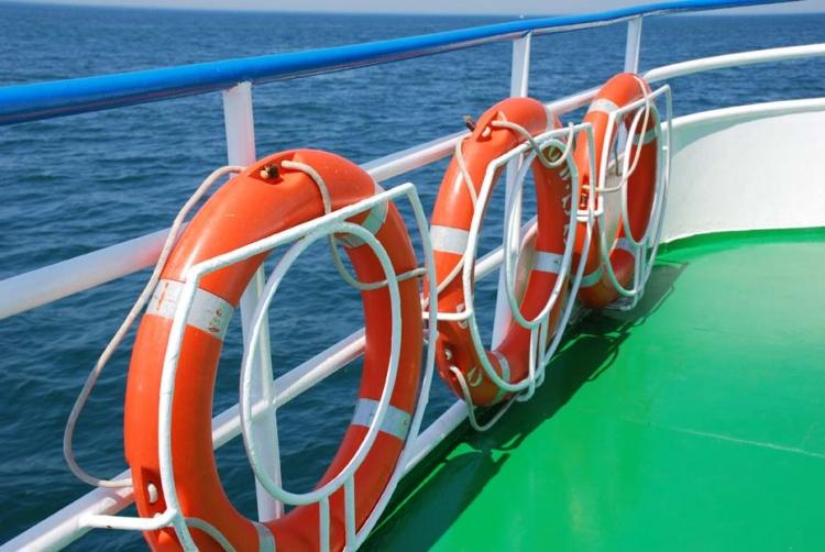 Bouée bateau