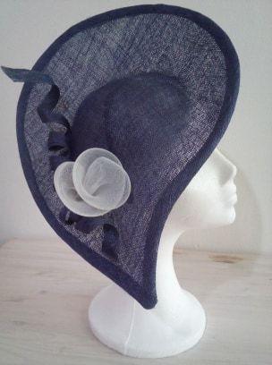 chapeau bleuté