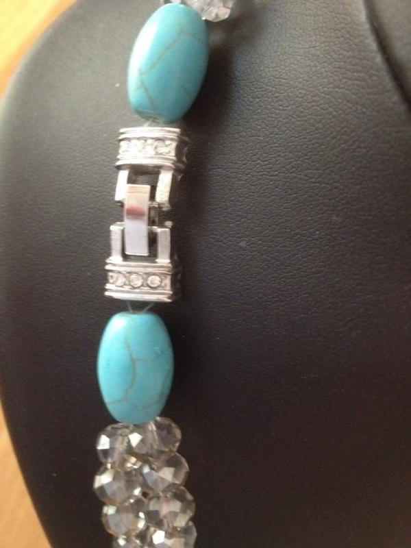 """collier perles turquoises et perles """"swarovski"""" à face"""