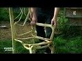 Faire pousser des chaises dans les arbres