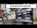 Fabriquer un escalier balancé quart tournant en métal style industriel avec marches en caillebotis.