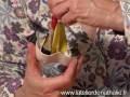 Comment faire un masque corbeau ?