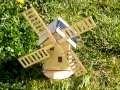 Moulin en bois solaire