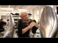Louis vuitton , fabrication de mocassins à la manufacture de fiesso d'artico