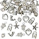 Lot de 90 Breloques Argentées - Idéal pour la fabrication de bracelets