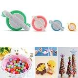 SAVFY® 1 Kit 4 Tailles Pompons de Tissage Pour Fabriquer des Pompons Boule Maker Pattern Craft Tricot Outil Peluches Boule ...
