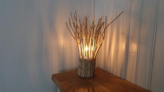 BOIS, MARQUETERIE  - Lampe en bois flotté