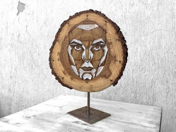 ARTISANAT D'ART Visage nombre d'or rondin bois  - Nombre d'Or