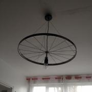deco design autres plafonnier roue de velo : Plafonnier roue 1