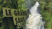 photo paysages cascade chute d eau foret : Le Grand Saut