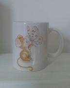 ceramique verre animaux mug porcelaine souri tasse en porcelaine peinture sur porcela mug motif souris : Mug porcelaine souris papillon