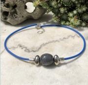 bijoux abstrait collier bleu perles de ceramique : Collier