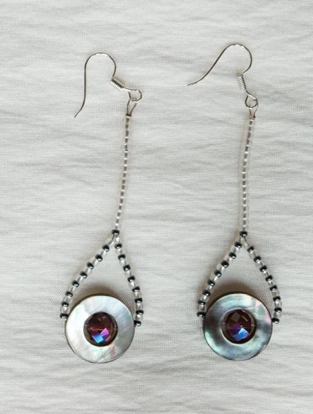 BIJOUX boucles d'oreil perles de verre violet nacre Abstrait  - Boucles d'oreilles