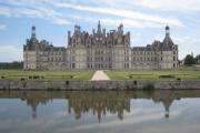 photo architecture chambord chateau bassin loire : Château Chambord