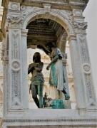 photo architecture lyon fontaine christ : baptême du Christ