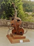 photo autres sculpture violon brantome : Violon de Brantôme