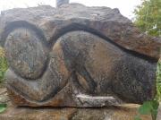 sculpture nus auvergne cantal sculture pierres : La Montagne Endormie