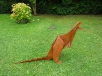 Kangourou sculpture origami metal