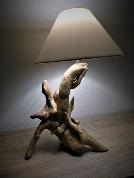 BOIS, MARQUETERIE  - lampe bois flotté