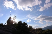 photo paysages moulin nuages bleu vent : Moulin St-Chinian