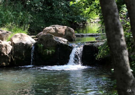 PHOTO cascade ombre fraicheur baignade Paysages  - Platanettes