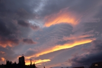 Le ciel et la tour de Cessenon