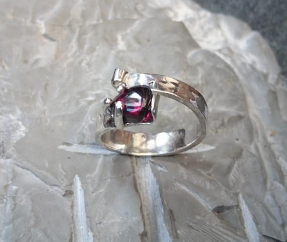 BIJOUX anneau bague argent grenat  - Anneau argent et grenat violet