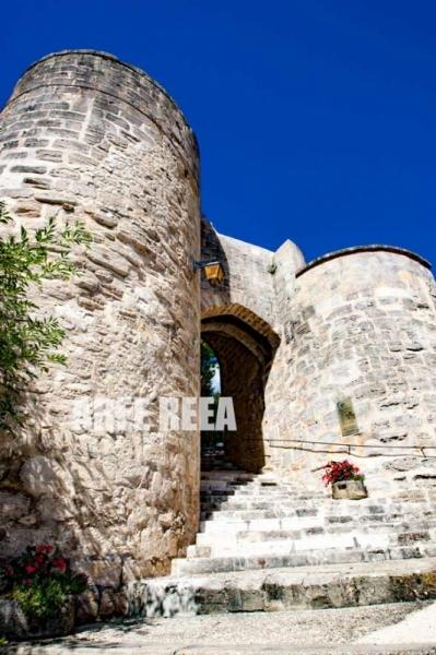 PHOTO Paysage Château Donjon Ciel Bleu Architecture  - Tour Médiévale