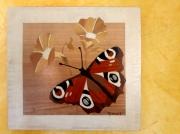 bois marqueterie animaux papillon paon jour fleur : Paon du jour