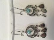 bijoux boucle d'oreille bleu goutte perle : Perle bleu et 3 gouttes
