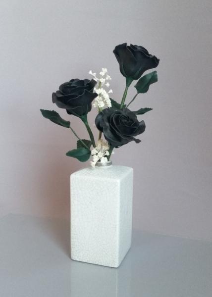 ARTISANAT D'ART Porcelaine froide Roses noires Art floral Fleurs Fleurs  - Black & White