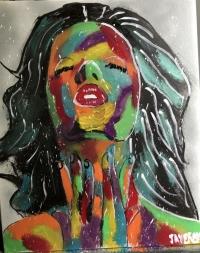 femme pensive en couleur