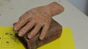 sculpture autres sculpture main bible : le serment