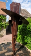 sculpture abstrait totem jardin metal : le gardien