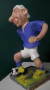 sculpture personnages sculpture caricature foot : footballeur