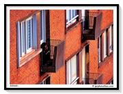 photo villes ville brique balcon solitude : Solitude...