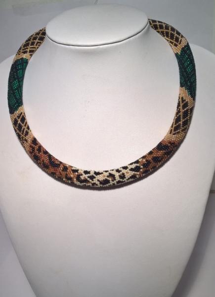 BIJOUX spirale au crochet,  Animaux  - Collier façon léopard