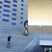 photo scene de genre architecture photographe meca bordeaux maison de l'economie : SACREBLEU - DAMN IT