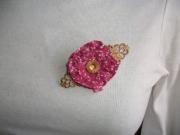 bijoux fleurs broche liberty fleur rose : Broche fleur liberty rose bouton or doré bijou moderne chic