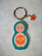 bijoux personnages porte cles bijou sac poupee russe matriochka : Porte-clés matriochka poupée russe rose bleu coeur moderne colle