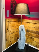 deco design abstrait lampe poser bois racine : Lampe