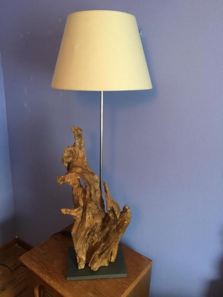 BOIS, MARQUETERIE lampe poser bois racine  - Lampe