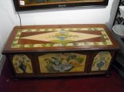 bois marqueterie fleurs coffre objet peind motif floral : Coffre peind