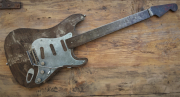 """sculpture autres : Stratocaster """"Number one"""""""