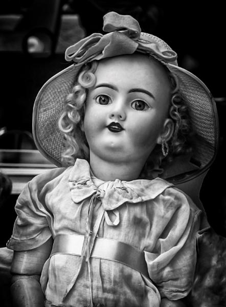 PHOTO poupée ancienne poupée jouet Personnages  - Attente
