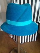 artisanat dart villes feutre hiver femme chapeau : chapeau ville bleue