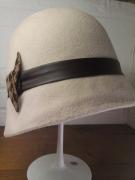 artisanat dart villes feutre femme cloche hiver : chapeau cloche