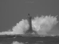 le phare du Four dans la tempête 01